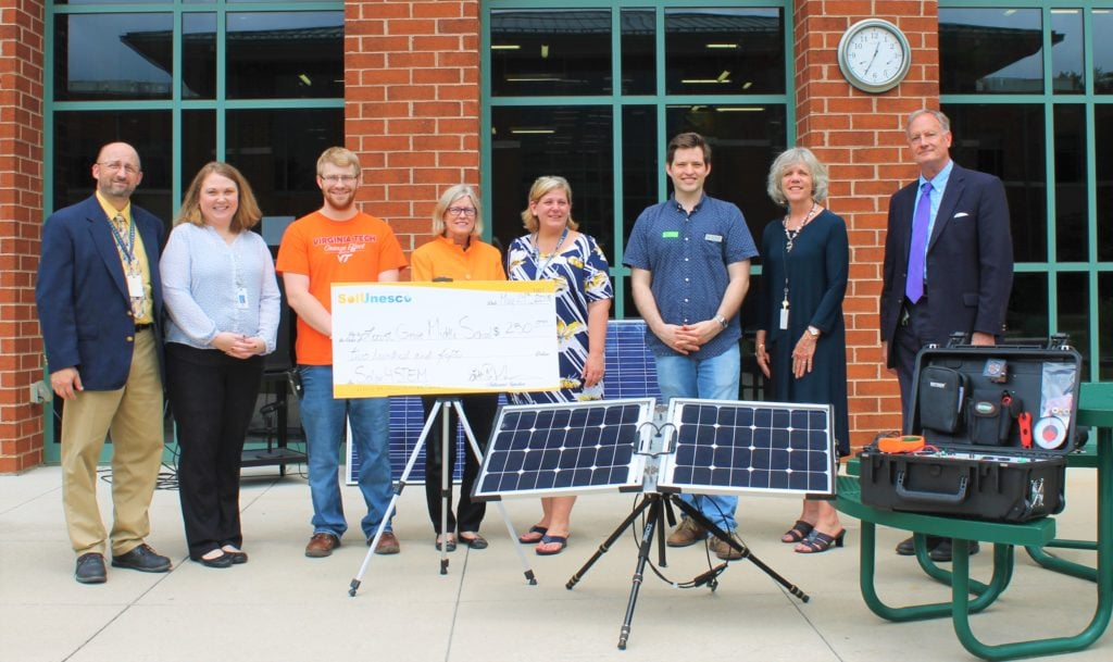 Helping Middle School Students Explore Solar Technology At Locust